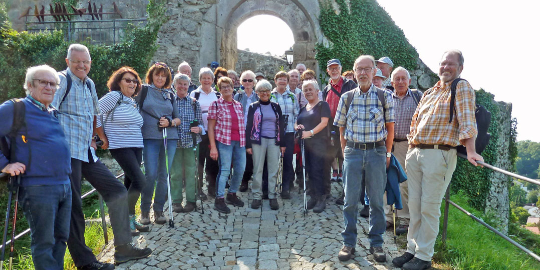2019 im September:  Burgruine in Laaber